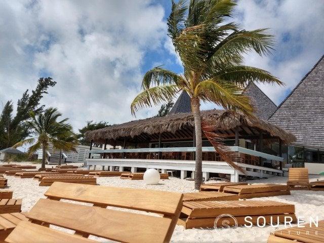 Volledige inrichting voor The Stoned Crab Freeport Bahamas