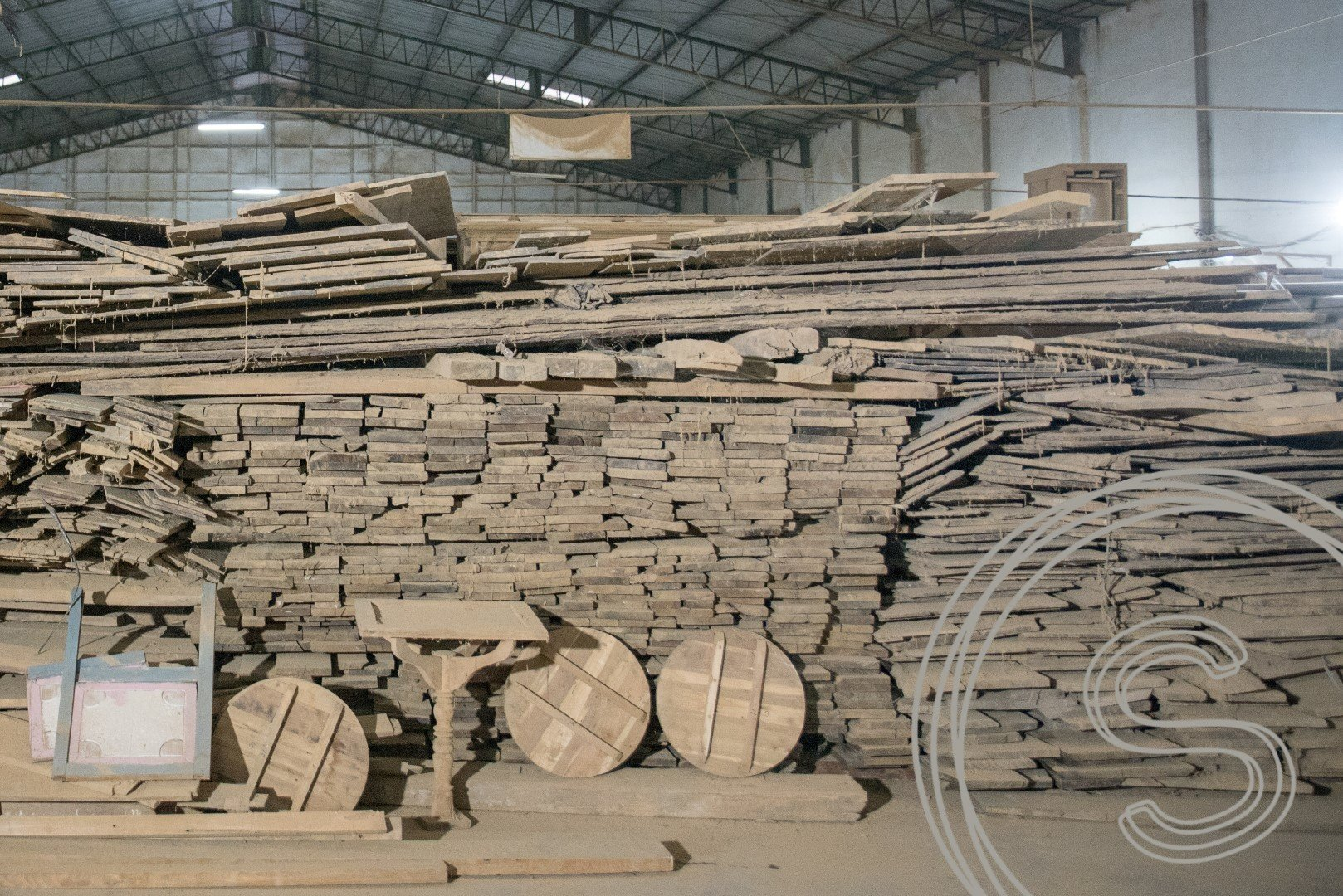 souren furniture recycling wood